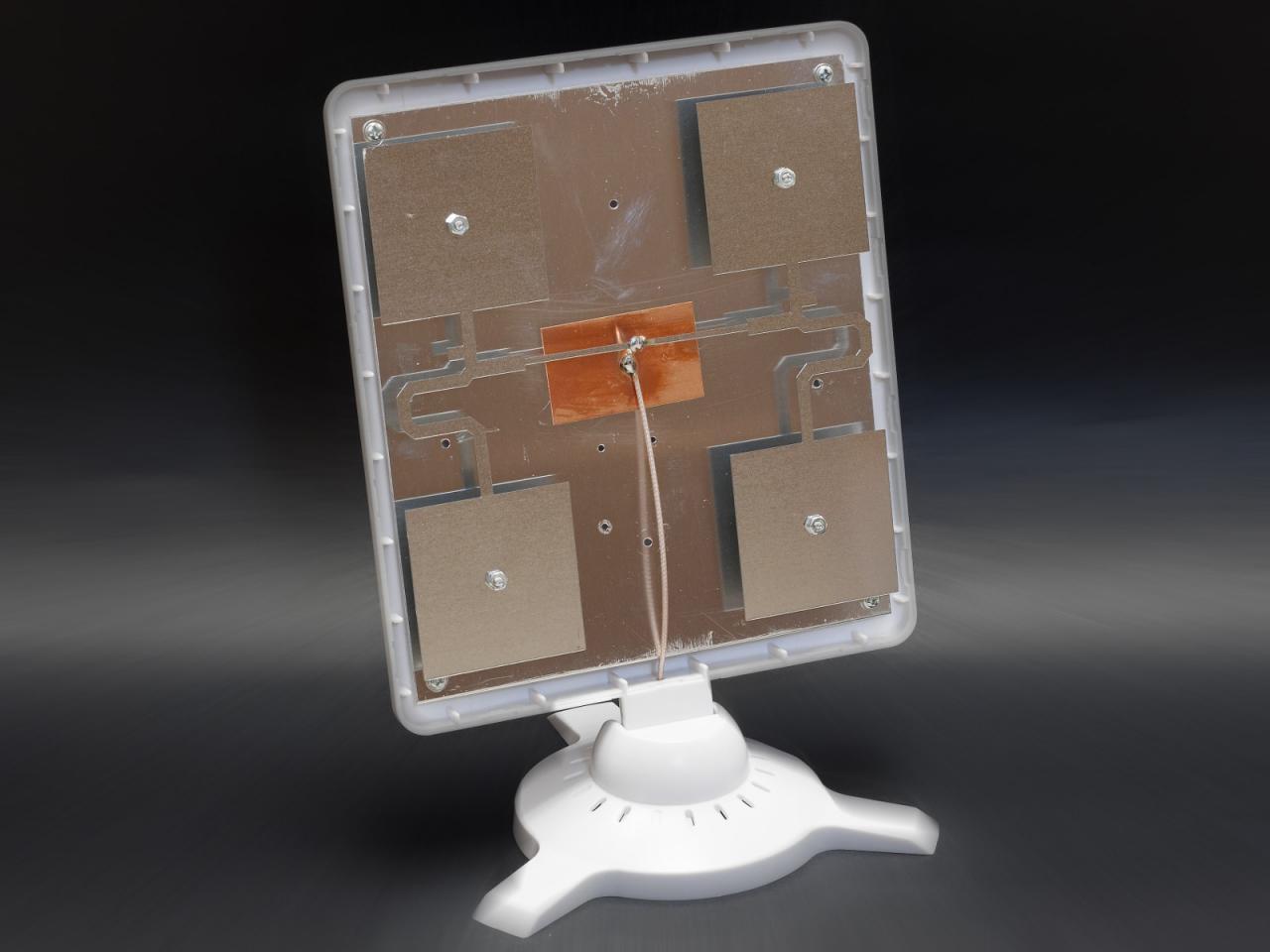 Панельная антенна